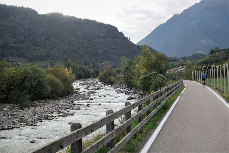 easy bicycle holidays