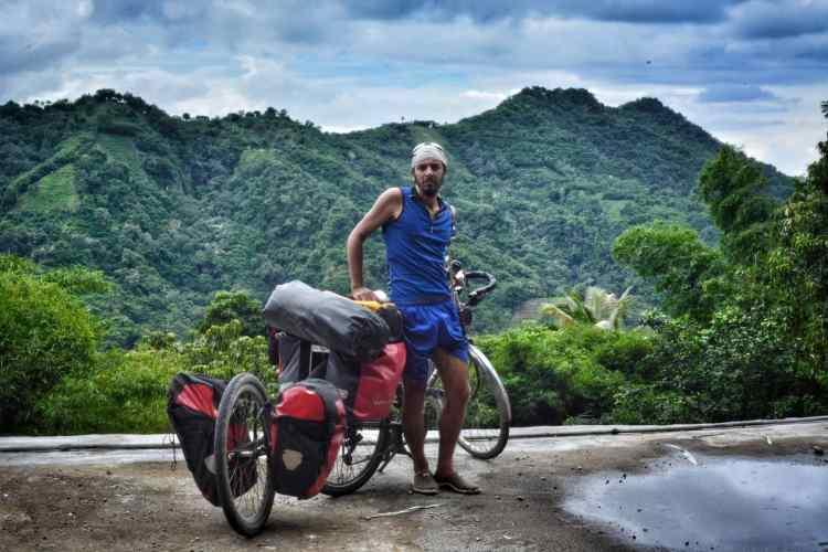 ciclismo flores indonesia