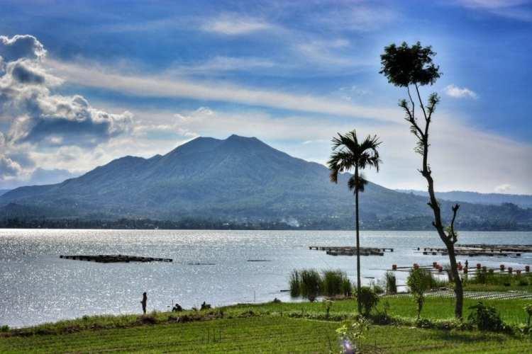 biycle touring Bali lake batur