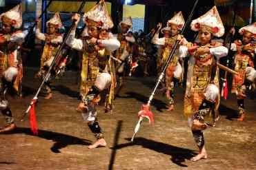 Danza tradizionale a Bali