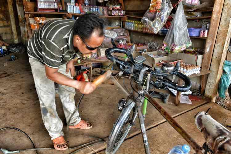 how to build free cheap touring bike