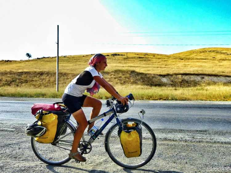 How To Travel By Bicycle A Beginners Guide To Start Bike