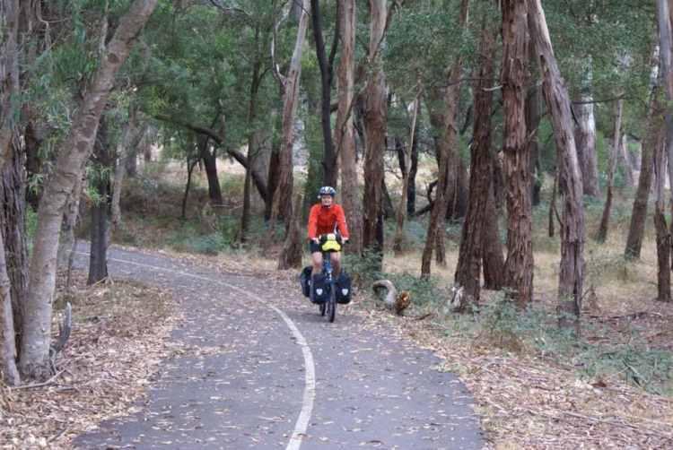 easy bike touring australia