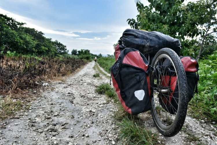 best bike touring trailer
