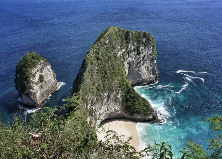 Best Beaches in South East Asia no crowds