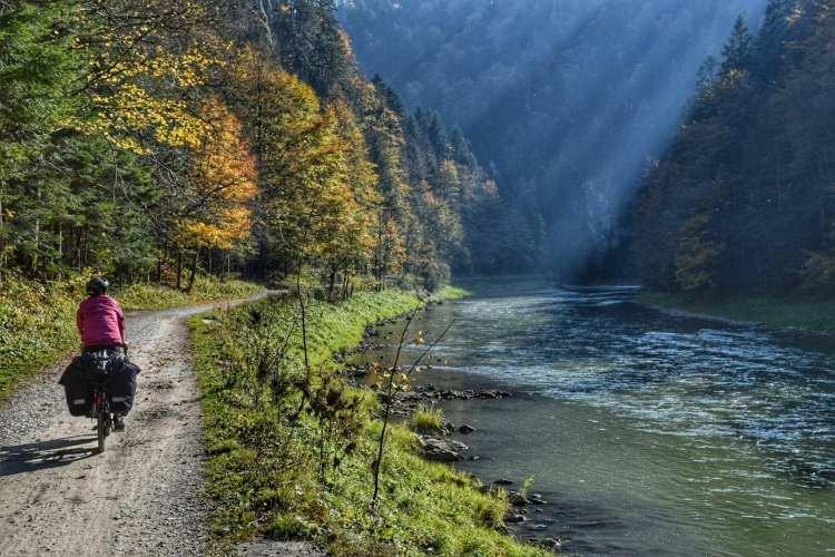 dunajec river gorge cycling