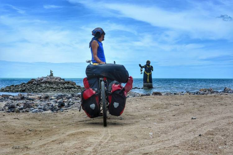 bicycle touring southern thailand