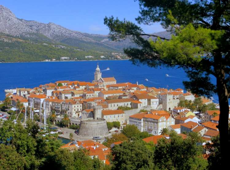 korcula by bicycle