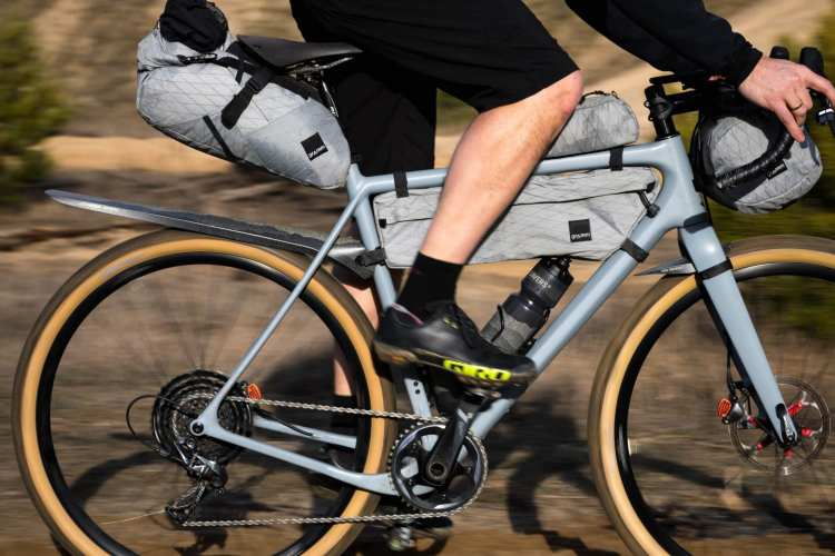 The 12 Best Top Tube and Stem Bags for Bikepacking, Road, MTB, and Gravel Riding 17
