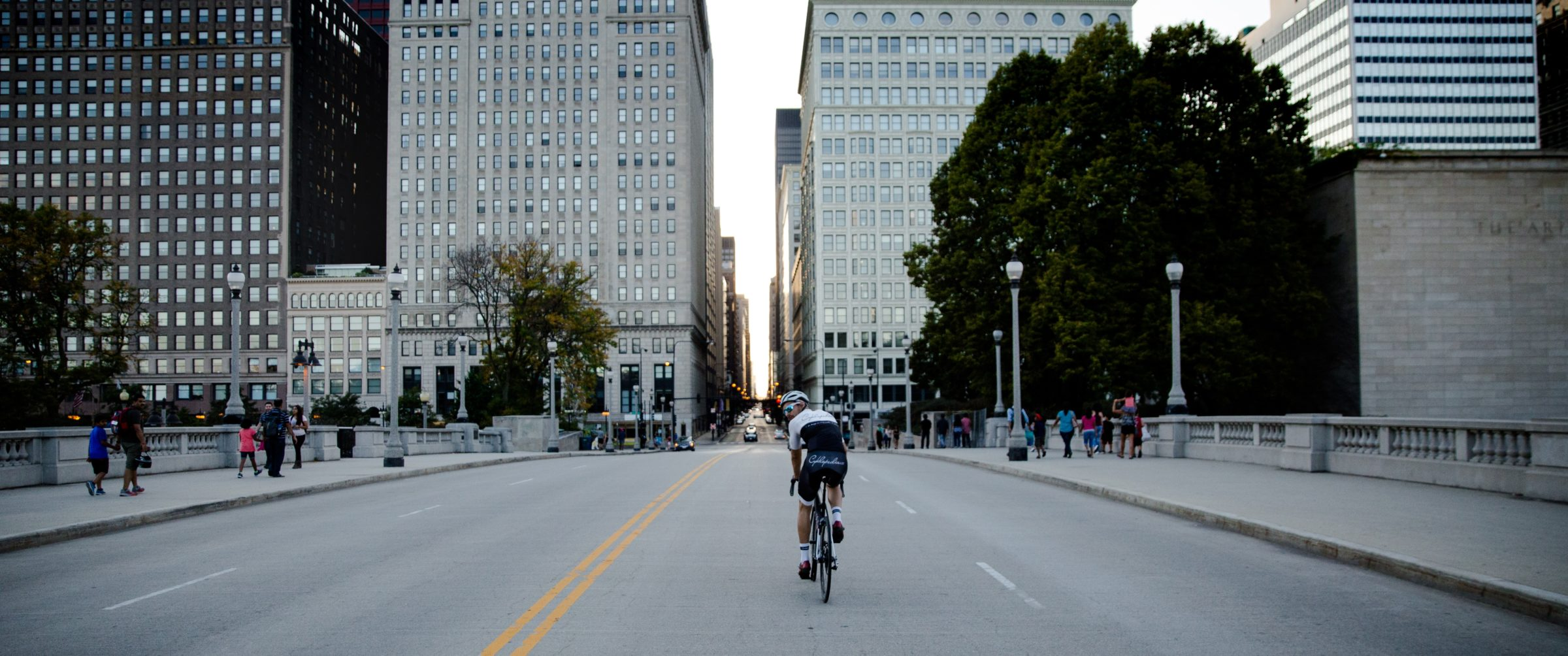Cycling in Chicago is a Romantic Cycling