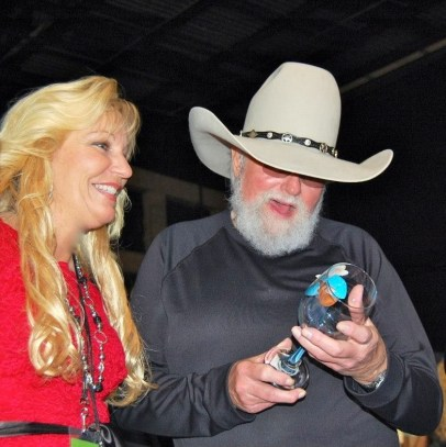 Charlie Daniels with his custom painted glass by CUSTOM CREATIONS BY CYNDIE