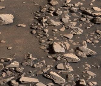 rover-tracks-rocks
