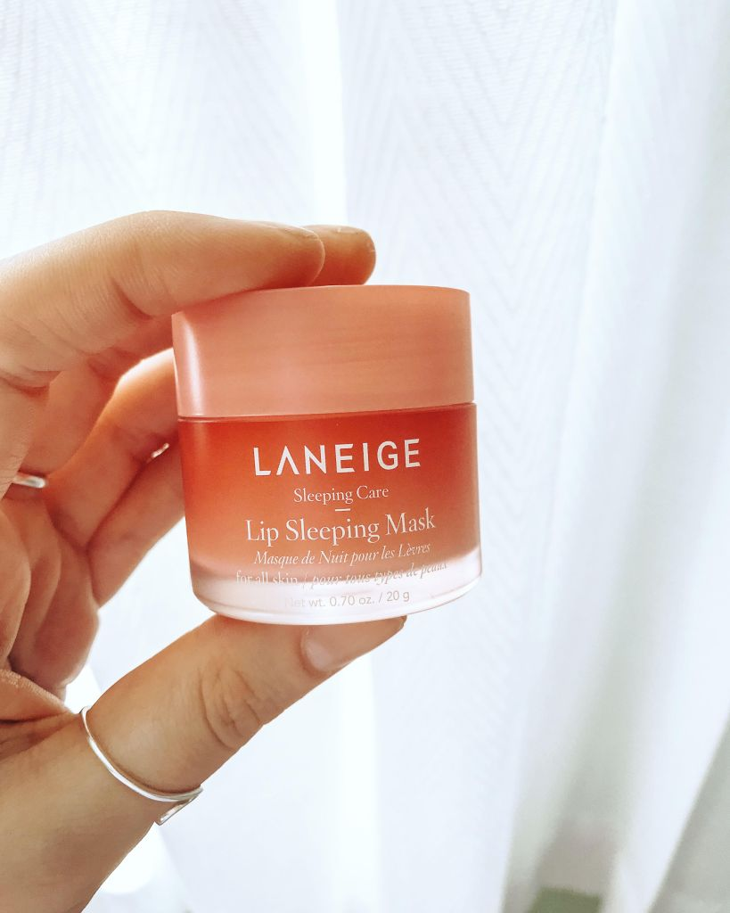 La Neige Lip Sleeping mask. Leave lips feeling soft, supple and hydrated. Absolutely necessary.