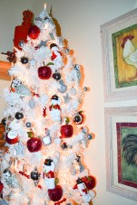 DIY White Christmas Tree and Ornaments