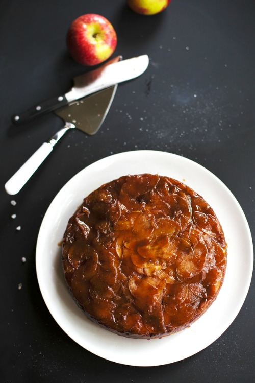 salted-caramel-upside-down-cake