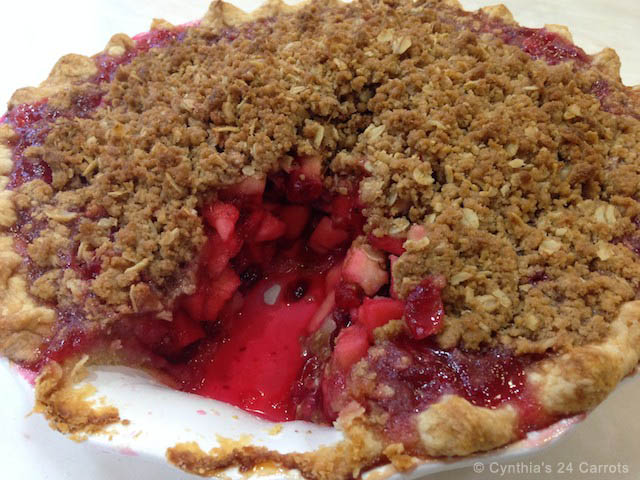 Cranberry Apple Cumble Pie