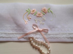 #412 Heirloom Jewelry Sachet