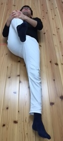 柔軟体操筋トレを効率的ながら運動 大臀筋