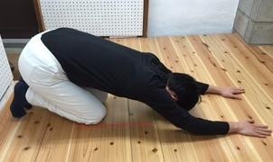 柔軟体操、筋トレを効率的ながら運動ストレッチ