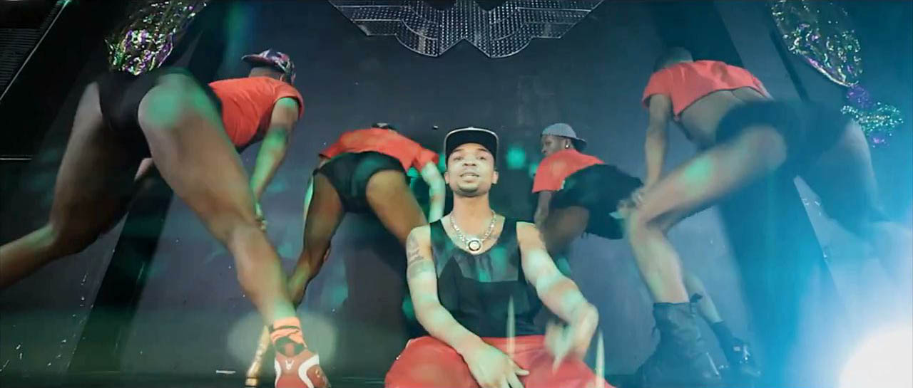 Fly Young Red - Throw That Boy Pussy Video-1
