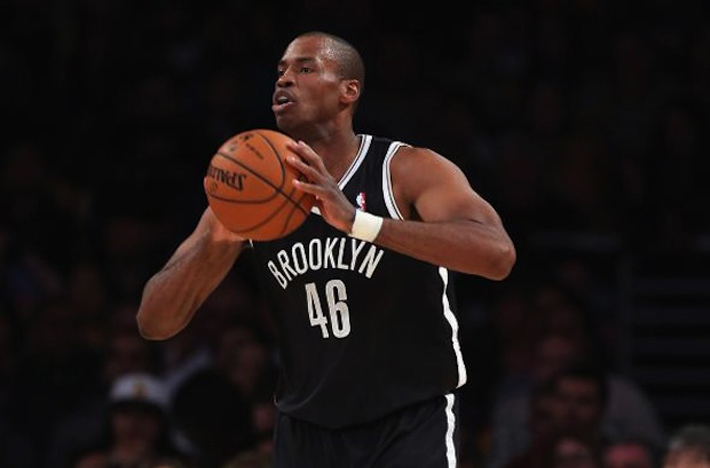 Jason Collins Receives Standing Ovation, Will Sign Extended Contract