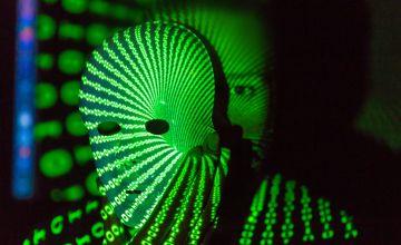 Criminal cibernético del Dark Net intenta prevenir confiscamiento de Bitcoins (BTC) ante autoridades