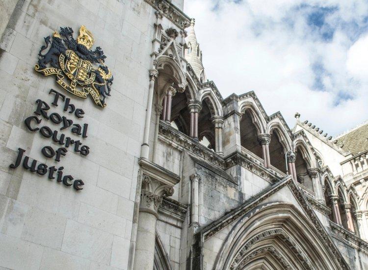 Juez del Reino Unido rechaza demanda de Craig Wright contra Roger Ver