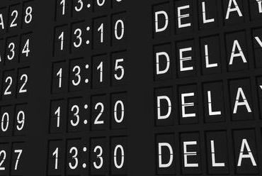 Kiedy należy się odszkodowanie za opóźniony lub odwołany lot