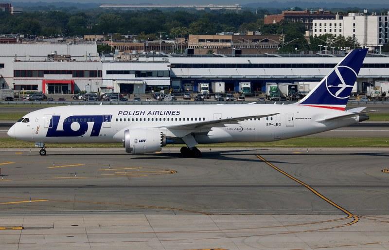 Polski Dreamliner znowu w Larnace
