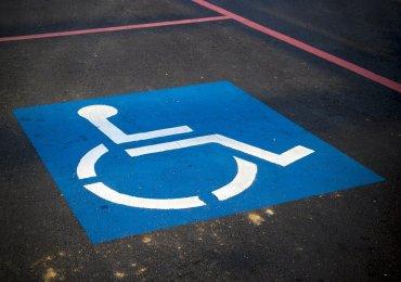 Koniec z parkowaniem na miejscu dla niepełnosprawnych