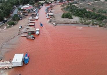 Czerwona rzeka