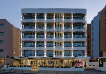 Alarm bombowy w hotelu w Larnace