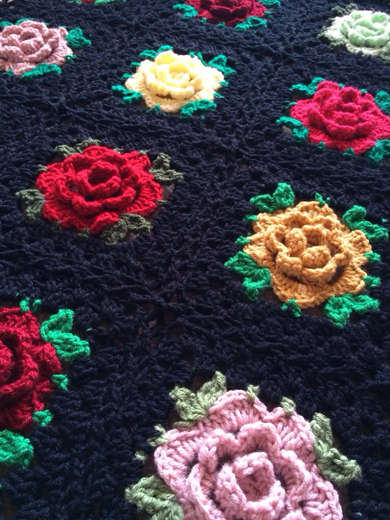 Rose Granny Square: Free Pattern
