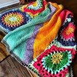 Good Vibes Blanket: Huge Tropical flower motif meets color-block linen stitch