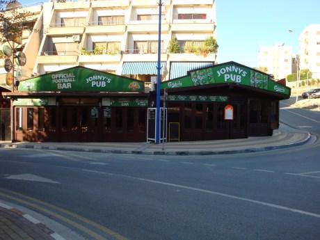 Jonny's Pub (Tzionis)