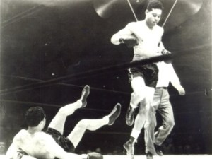 Louis destroys Schmeling. 1938