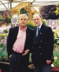 Promoting the Gnome method of gardening with Coronation Street's Peter Baldwin