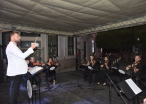 Girne Municipality Chamber Orchestra performed its first concert (2) image
