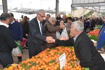 Güngördü celebrated New Year at the Girne Wednesday Market (5)