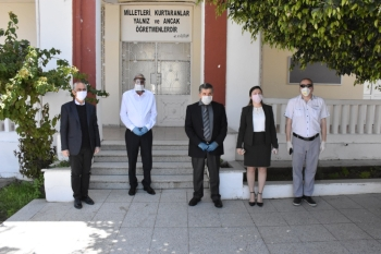 35 Tablets Donated To Students In Gırne (1)