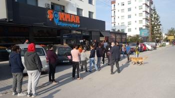 Girne Mayor Güngördü and Municipality Police Teams checked Markets (7)