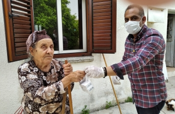 Girne Municipality offer Medication and Market support (3)
