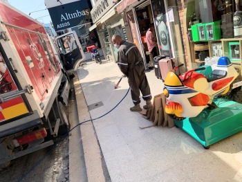 Girne Municipality spraying continues (8)