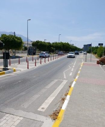 Girne streets have safety markings painted (3)