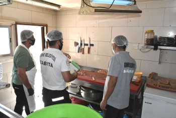 Food Inspections and Covid-19 Controls Continue in Girne Municipality (4)