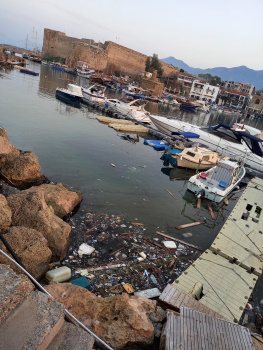 Girne Municipality cleaned the sea in the Old Harbour sml 2