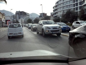 Kyrenia traffic jams (2)
