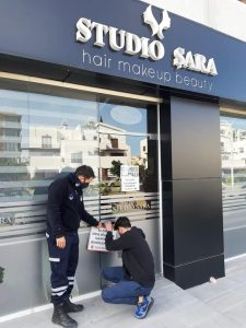 Hairdressing salon closed by Girne Municipality police (2)
