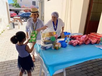 RCKC food bag distribution 4