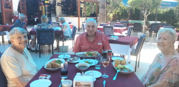 Sunday Lunch at Royal Rafters (2)